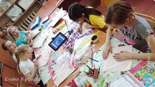 Этих воздушных змеев мы моделировали на уроке технологии с девочками (у нас в школе деление с 3 класса) 4х классов. фото 3