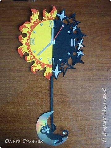 """Решили мы с ребятами сделать к данному конкурсу модели часов на космическую тему.Это мои часы под названием """"Солнце,звёзды и луна"""" фото 2"""