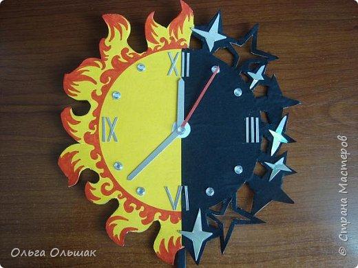"""Решили мы с ребятами сделать к данному конкурсу модели часов на космическую тему.Это мои часы под названием """"Солнце,звёзды и луна"""" фото 1"""