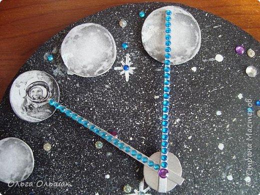 """Вот такие часы """"Парад планет"""" получились у Яны. фото 5"""
