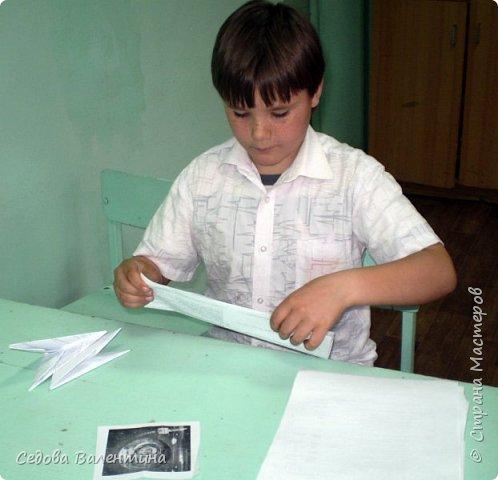 """Вовка любит заниматься модульным оригами, у него есть много интересных работ.  Когда он узнал о конкурсе """"Дорога к звёздам"""", он сказал, что хочет сделать ракету из модулей... Так появилась наша ракета """"ВОСТОК"""" фото 2"""