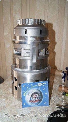 """Я изготовил из отходов Орбитальную космическую станцию ВЧНД-8. Как расшифровать ВЧНД-8? Это -  """"всё, что нашёл дома"""", а цифра 8, потому что мне восемь лет! фото 2"""