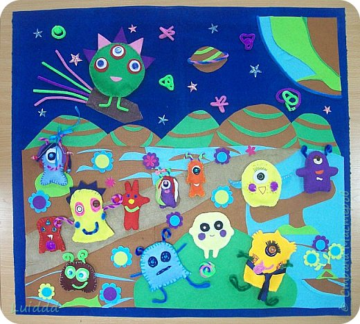 Добрый день, жители Страны Мастеров! Представляем вашему вниманию инопланетный детский сад. Размер работы 70х80 см. фото 6