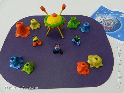 """Композиция """"Инопланетные друзья"""" выполнена Соней Загороднюк, 13 лет, второй год обучения в студии """"Основы дизайна"""". фото 6"""