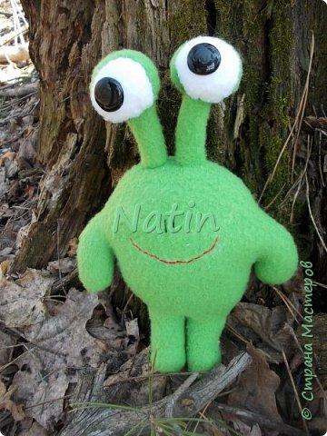 По мнению Лизы именно так должны выглядеть инопланетяне... фото 1