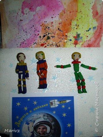 «МАРС-500» — международный космический проект. Лётчик-космонавт Российской Федерации Борис Моруков исполнял обязанности директора. Марс -500 – это эксперимент, который имитирует пилотируемый полёт на Марс. Проект был организован в 2010-2011 годах совместно с Европейским космическим агентством. Цель проекта:особенности пилотируемого полёта на МАРС  и его влияние на здоровье экипажа из шести человек. фото 3