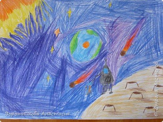 Кто не мечтал побывать на Луне? Вот Даша решила нарисовать об этом. фото 1