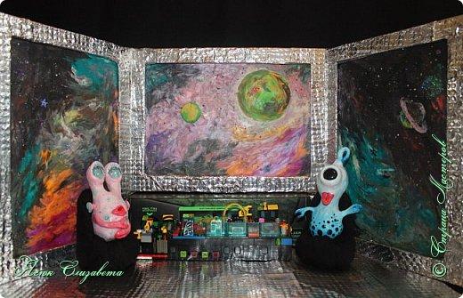 Где-то далеко-далеко-далеко в космосе живут два дружных и весёлых инопланетяшки. Знакомьтесь, это ГЛУНДА и РЕССИ. фото 1