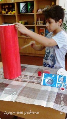 Мы решили сделать свою собственную ракету. Может быть эта ракета не может летать, но она будет напоминать нам о нашей мечте. фото 5