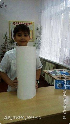Мы решили сделать свою собственную ракету. Может быть эта ракета не может летать, но она будет напоминать нам о нашей мечте. фото 3