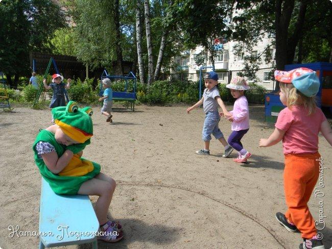 """..Зелёная жаба. Зовут """"Квакша"""". Появилась и посилилась у нас в группе детского сада в процессе проекта """"Эти  удивительные  существа -  лягушки и жабы"""" фото 21"""