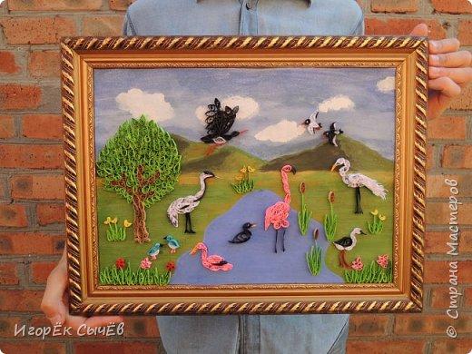 В своей работе я хочу отобразить многообразный вид пернатых занесенных в Красную книгу Алтайского края. Я постарался максимально точно передать всю красоту следующих птиц: Журавль-красавка, Черный аист, Обыкновенный фламинго, Розовый пеликан, Большая белая цапля, Турпан, Ходулочник, Кулик-сорока, Синий соловей. Птиц я разместил на фоне Алтайских гор возле озера Ая. Работа выполнена в технике Квиллинг. фото 18