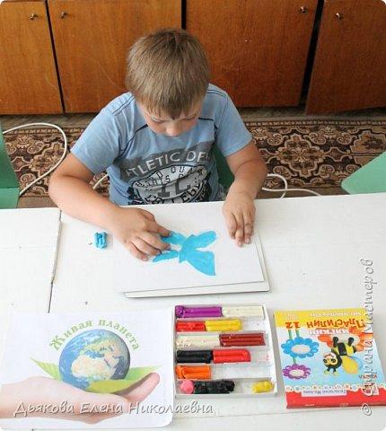 Слава выполнил работу в техники пластилинография. фото 4