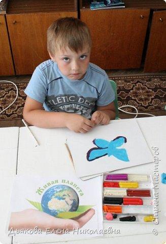 Слава выполнил работу в техники пластилинография. фото 5