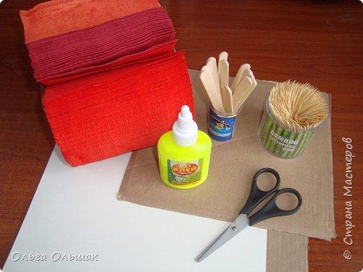 На  новогоднем  столе  такая салфетница будет и украшением, и необходимой вещью. фото 2