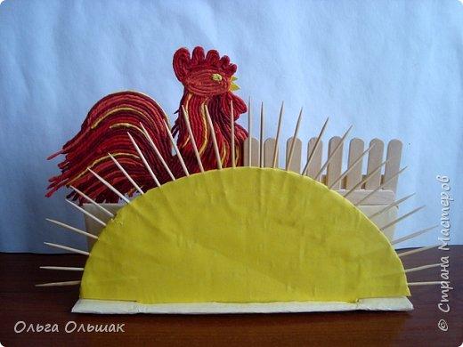 На  новогоднем  столе  такая салфетница будет и украшением, и необходимой вещью. фото 15