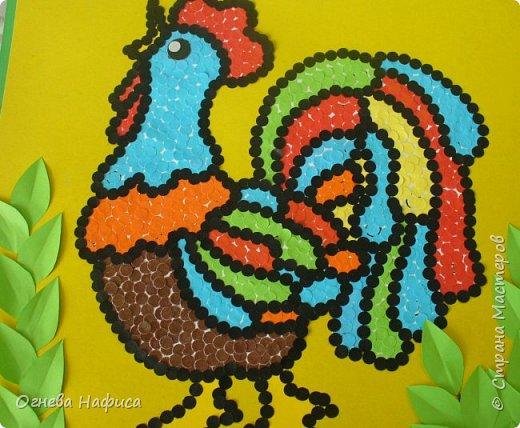 Сказочный петушок из конфетти. фото 9