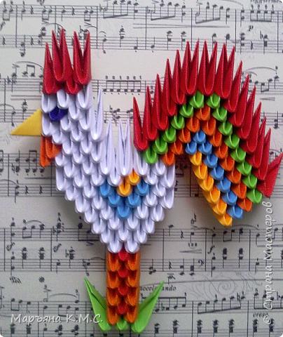 Разыскивается петушок! Особые приметы: Петушок сказочный, большой яркий хвост, обожает петь, больше всего любит класику. Если вы увидите и услышите его - будет Вам счастье!) фото 1