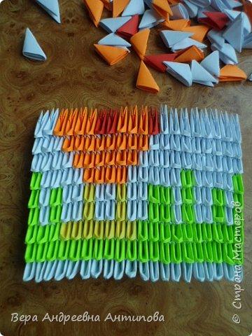 Очень обрадовалась новому конкурсу, решила сразу, что петушки мои будут в технике модульного оригами, обожаю эту технику. Первого петушка собрала объёмного, его можно посмотреть здесь http://stranamasterov.ru/node/1057851?k=all&u=338230.  Второго решила собрать плоскостного, в виде картины. Раньше картины модульные не собирала, было очень любопытно попробовать. И конкурс как раз кстати подошел. Вот что у меня получилось. фото 8