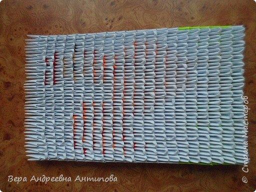 Очень обрадовалась новому конкурсу, решила сразу, что петушки мои будут в технике модульного оригами, обожаю эту технику. Первого петушка собрала объёмного, его можно посмотреть здесь http://stranamasterov.ru/node/1057851?k=all&u=338230.  Второго решила собрать плоскостного, в виде картины. Раньше картины модульные не собирала, было очень любопытно попробовать. И конкурс как раз кстати подошел. Вот что у меня получилось. фото 13