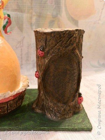 Продолжая тему карандашниц, решила сделать петушка высиживающего яйцо и ожидающего чуда. То-ли это наступающий Новый год, то-ли вылупление птенца, но в любом случае - это точно ЧУДО. фото 23
