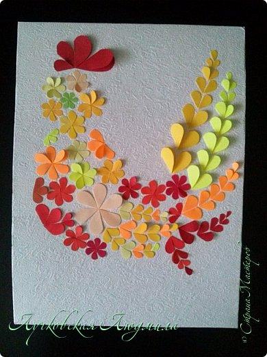 Создала портрет петушка из бумажных сердечек.  фото 21