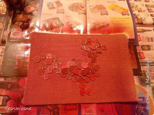 Здравствуйте, дорогие жители Страны мастеров! Приближается Новый 2017 год Огненного петуха! В рамках интереснейшего конкурса мы решили сделать Волшебного денежного петушка. Петушок получился золотым, огненным. И откроем Вам секрет: он денежный, работает наравне с денежным деревом и прочими денежными символами. фото 9