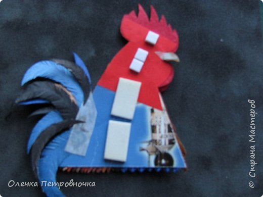 Всем доброго времени суток! Захотелось сделать символ Нового Года - ПЕТУХА, а заодно и в конкурсе поучаствовать.  Нашла на просторах Интернета календарик с петухом - понравился, и приступила к воплощению своих  идей. фото 11