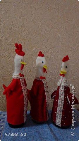 У нас на новогоднем столе всегда присутствуют символы Нового Года . Сначала появился Дед Мороз, потом Снегурочка. А в этом году - Петух с сюрпризом. фото 10