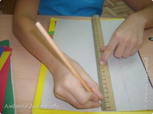 Здравствуйте! Сабина впервые принимает участие в конкурсе такого масштаба. Она приняла решение, что будет делать петушка в технике айрис-фолдинг. С этой техникой девочка уже знакома. фото 3