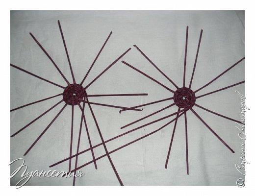 """Петушок выполнен в технике """"плетение из бумажной лозы"""" У моего петушка есть старший брат. Сплела без фото процесса, вот и пришлось повторить. фото 3"""
