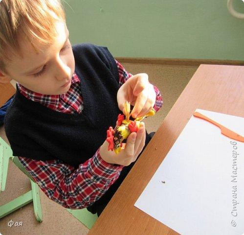 Принимайте осеннего петушка! Сделан он из даров осени. фото 9