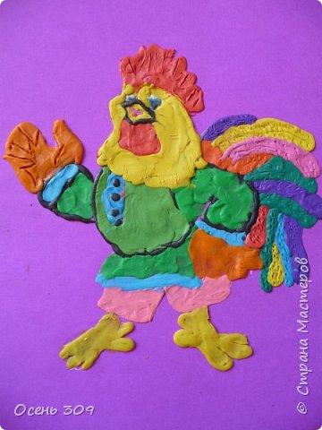 """Во многих русских народных сказках одним из героев является Петух. Это всем известные сказки """"Петушок - золотой гребешок"""", """"Бобовое зернышко"""", """" Кочеток и курочка"""". Для конкурса Диана захотела сделать вот такого Кочетка. фото 7"""