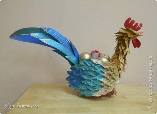 Петушок-вазочка из яичного лотка