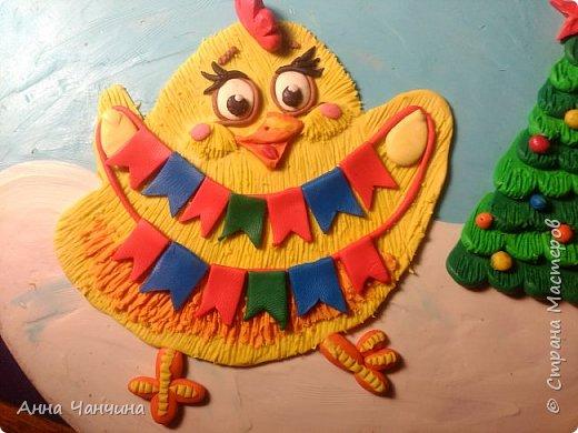 Вот такого новогоднего цыпленка предлагаем вам слепить. фото 21