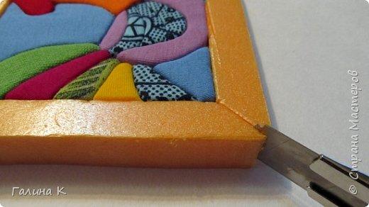 Этот петушок выполнен из маленьких кусочков ткани в технике кинусайга.  фото 18