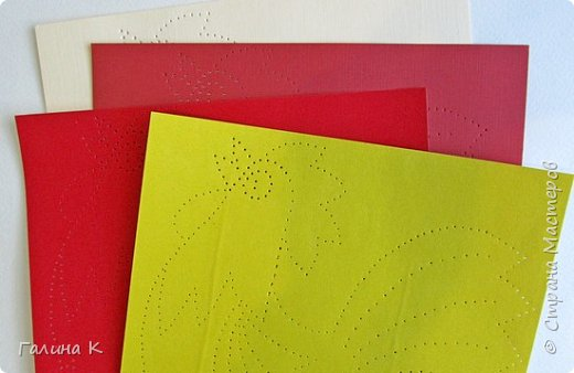 Наступает год огненного петуха, решено было сделать его в красно-желтом цвете. фото 4