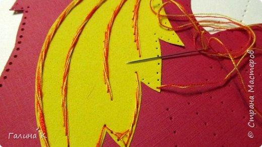 Наступает год огненного петуха, решено было сделать его в красно-желтом цвете. фото 12
