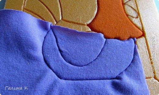 Этот петушок выполнен из маленьких кусочков ткани в технике кинусайга.  фото 12