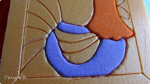 Этот петушок выполнен из маленьких кусочков ткани в технике кинусайга.  фото 13