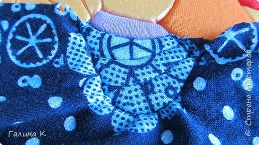 Этот петушок выполнен из маленьких кусочков ткани в технике кинусайга.  фото 14