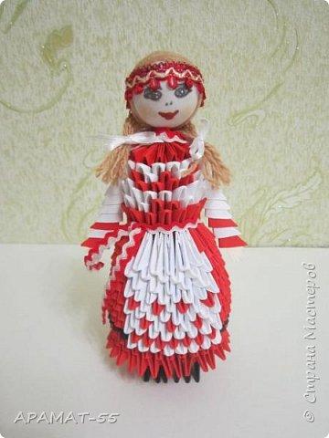Здравствуйте . Вот и я со своей конкурсной работой. Все в детстве играют игрушками. И одной из любимых игрушек детей является кукла.   А так как конкурс будет проходить в Белоруссии, то я решила сделать кукол в национальных костюмах этой республики. Сначала думала сделаю одну,... затем ещё и ещё... И в результате три, разного пола и возраста. фото 7
