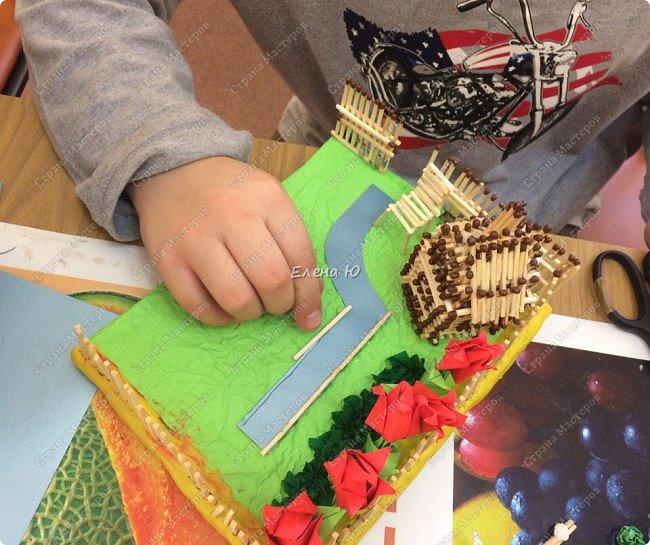 Арсений сделал упрощенный макет своего садового участка, где он проводит время в летние каникулы. фото 8