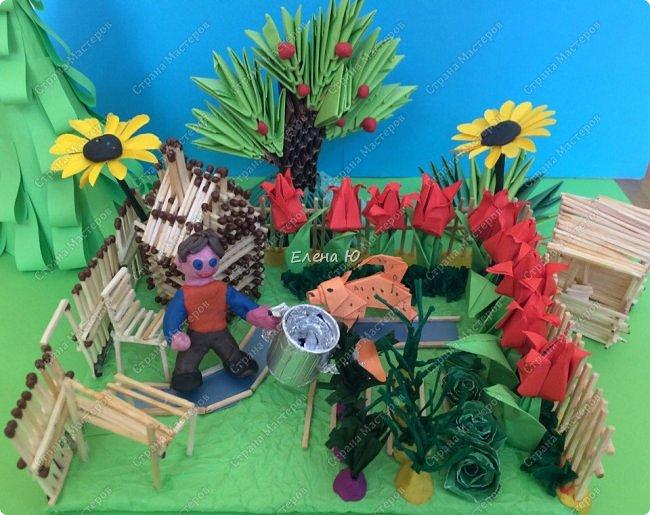 Арсений сделал упрощенный макет своего садового участка, где он проводит время в летние каникулы. фото 2