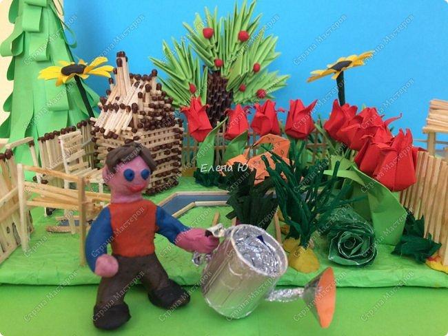 Арсений сделал упрощенный макет своего садового участка, где он проводит время в летние каникулы. фото 4