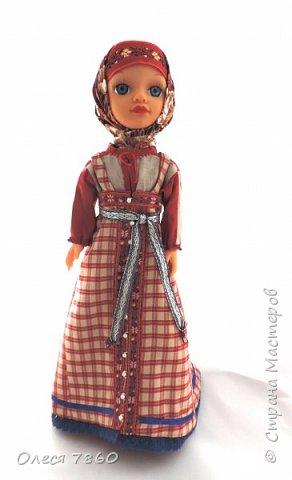 Добрый день. Представляю вам куклу в русском костюме. В руках у нее русская народная игрушка, кукла Сударушка. фото 8