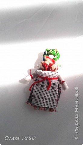 Добрый день. Представляю вам куклу в русском костюме. В руках у нее русская народная игрушка, кукла Сударушка. фото 12