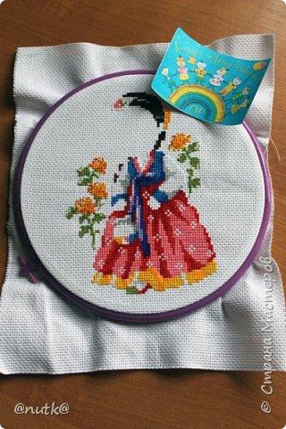 Вот и моя конкурсная работа!Обожаю Южную Корею!Особенно её историю,вот и решила создать картины и саше с такими милыми девочками в национальных корейских нарядах - ханбок. Ханбок — национальный традиционный костюм жителей Кореи. Ханбок часто шьют из ярких одноцветных тканей, это одежда для официальных и полуофициальных приёмов, фестивалей и празднеств. фото 8