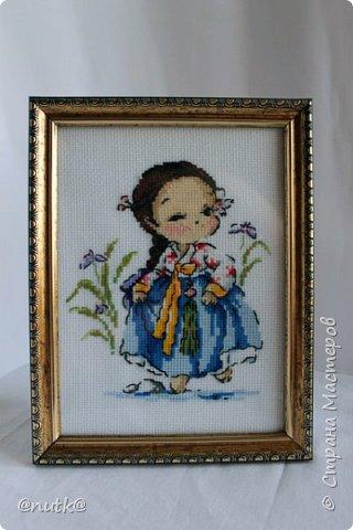Вот и моя конкурсная работа!Обожаю Южную Корею!Особенно её историю,вот и решила создать картины и саше с такими милыми девочками в национальных корейских нарядах - ханбок. Ханбок — национальный традиционный костюм жителей Кореи. Ханбок часто шьют из ярких одноцветных тканей, это одежда для официальных и полуофициальных приёмов, фестивалей и празднеств. фото 14