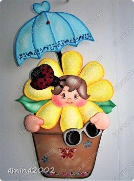 """Добрый день! Конкурсная работа """"Дети цветы жизни"""".Чтобы цветы были красивыми и ухоженными, о них нужно всегда заботиться. Мы, защищаем своих детей от дождя, солнца, снега...Может быть иногда """"перегибаем палку"""", помните как у Сергея Михалкова в стихотворении """"Про мимозу"""": """"...только он глаза откроет - Ставят градусник ему, Обувают, Одевают И всегда, в любом часу, Что попросит, то несут."""" фото 1"""